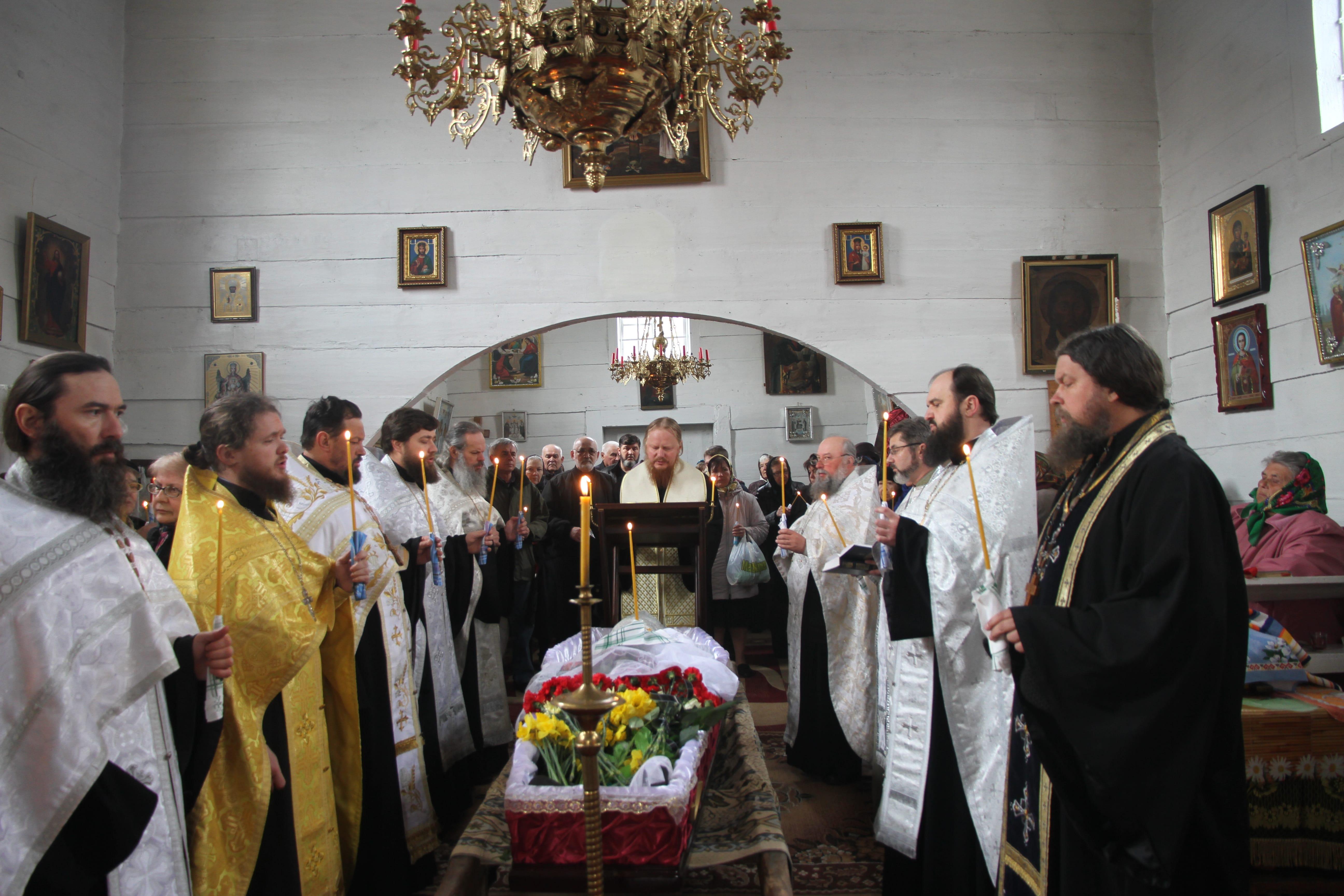 Представники Київських духовних шкіл взяли участь у відспівуванні протоієрея Олександра Кубеліуса