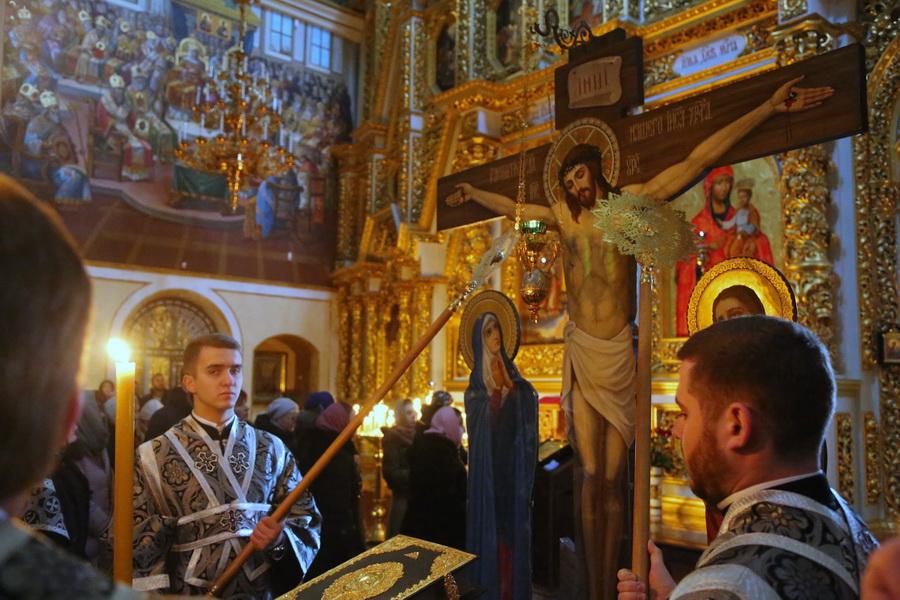 Єпископ Белогородский Сильвестр: «Пассия: служить или не служить?»